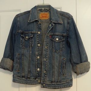Levi's Vintage Jean Jacket Light Wash Denim Medium